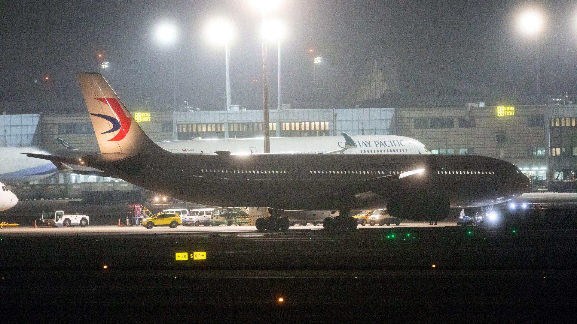 武漢台商包機抵台