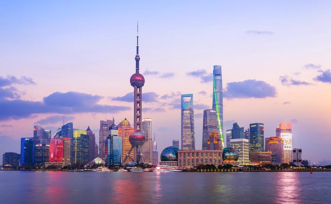 因应Covid-19病毒肺炎疫情,上海东方明珠等三大高楼观光厅突然临时关闭。(图片来源:Unsplash)
