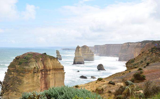 维州政府从今天(4月9日)起将关闭码头和水上平台,以防止维多利亚州人在长周末期间前去钓鱼和划船。图为澳大利亚著名旅游景点大洋路(图片来源:Pixabay)
