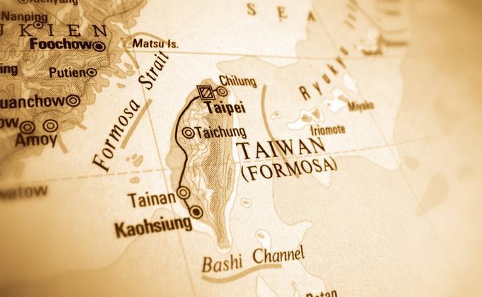 疫情之後,台灣問題終於交到美中兩位霸主手中,蔡英文成為不動聲色的觀望者。(图片来源:Adobe Stock)