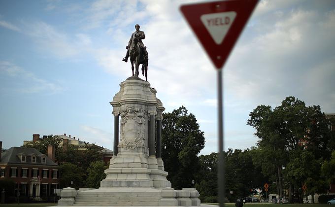 李將軍(Robert E. Lee)雕像